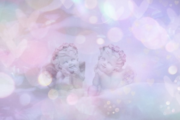 今日のサビアンは乙女座3度。二人の天使です。
